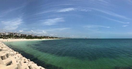 إكسيلنس بلايا مزجيريس (للكبار فقط) أول: View from marina
