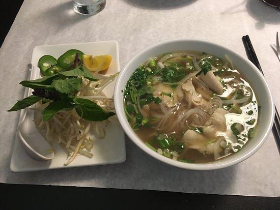 viliania-naked-east-winds-asian-cuisine