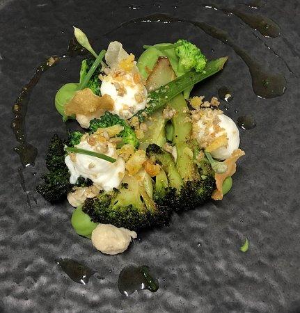 Broccoli, quorn, look