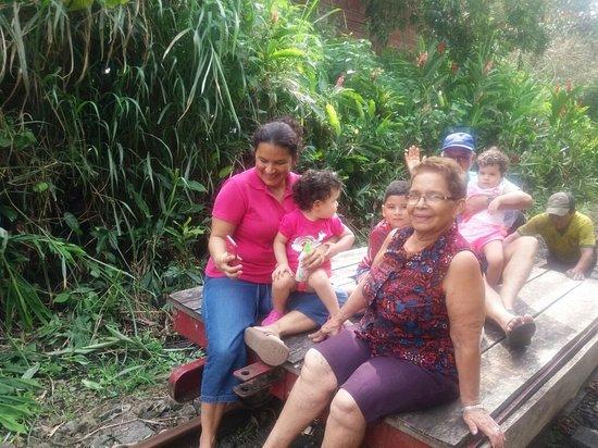 Bucay, Ecuador: IMG-20180415-WA0002_large.jpg