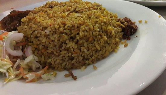 Foodlands Restaurant: 20180415_223939_large.jpg