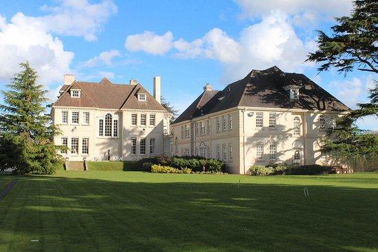 Brockencote Hall Hotel: Beautiful surroundings.