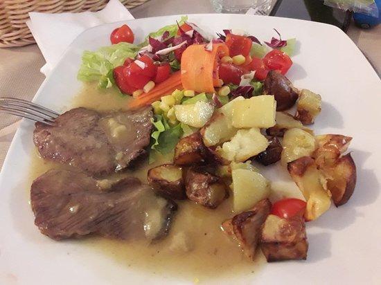Colleretto Giacosa, Italie : Mucca Pazza
