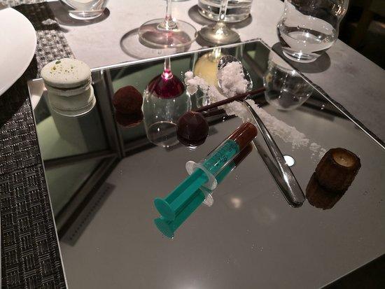 Ginger & Fred: Amazing dessert and good innovative presentation