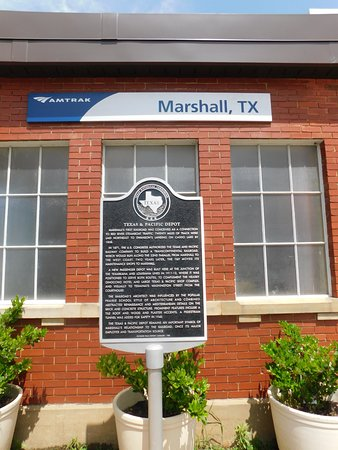 Texas & Pacific Railway Museum: Historic Marker at Marshall Depot