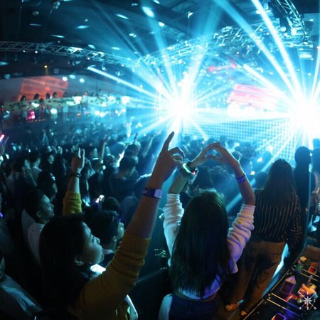 Club Piccadilly Umeda Osaka: クラブピカデリー梅田大阪