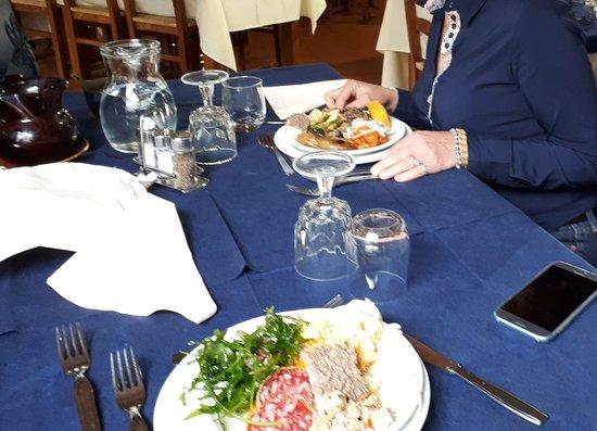 Fiumalbo, Italy: 20180415_204552_large.jpg