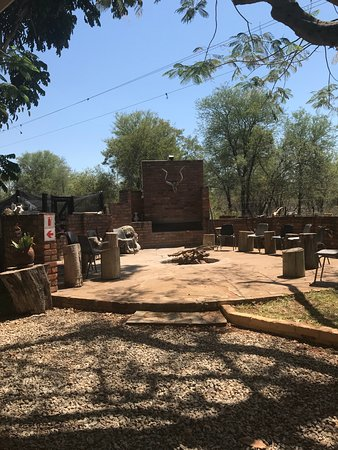 Gravelotte, Sudáfrica: Braai area, for friday night fires and fun!