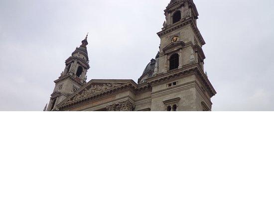St. Stephen's Basilica (Szent Istvan Bazilika): Fachada de San Esteban