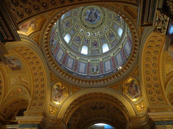 St. Stephen's Basilica (Szent Istvan Bazilika): San Esteban - Interior