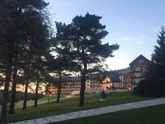 Ustrzyki Dolne, Poland: w zachodzącym słońcu