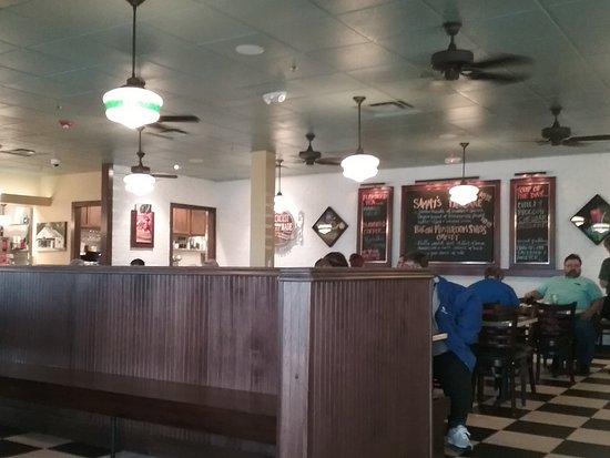 Metro Diner, Fort Wayne - Restaurant Reviews, Phone Number & Photos ...