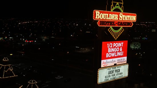 Boulder Station Hotel and Casino: This is the hotel sign seen from my room. The light was not a bother,the room was good for sleep