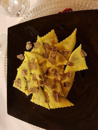 Quistello, Italia: 20180415_135727_large.jpg