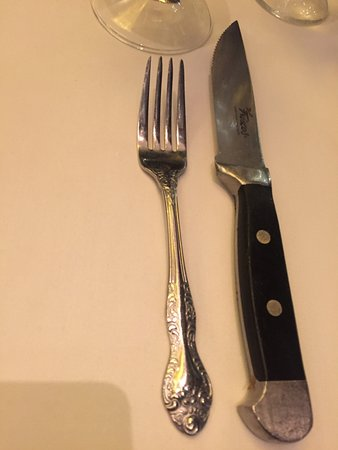 Del Frisco's Double Eagle Steak House: The right cuttlery