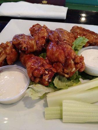 Mauldin, SC: Classic wings