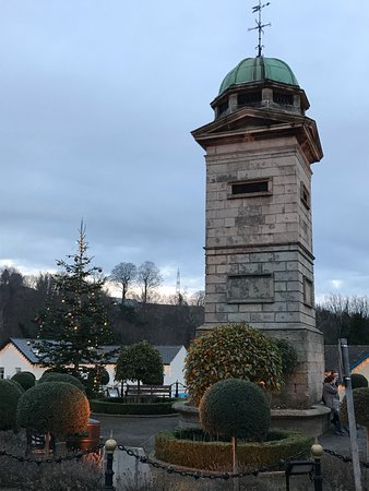 Coolakay House: Enniskerry town center.