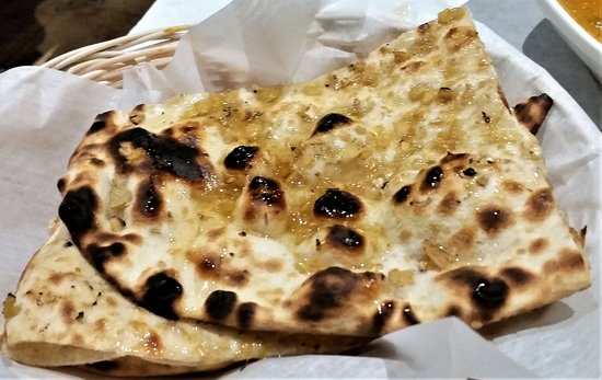 Glenmont, Νέα Υόρκη: Fresh ginger & honey naan.