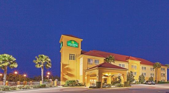 La Quinta Inn & Suites Corpus Christi Northwest: Exterior