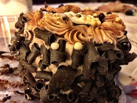 Canonsburg, Pensilvania: Triple Chocolate Torte