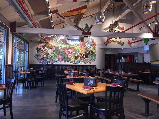 Rohnert Park, Kaliforniya: Eating area