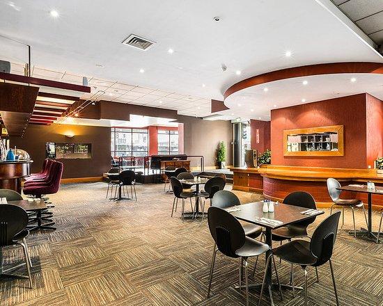 restaurant picture of quality hotel hobart midcity. Black Bedroom Furniture Sets. Home Design Ideas