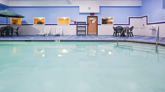 DeForest, WI: Pool