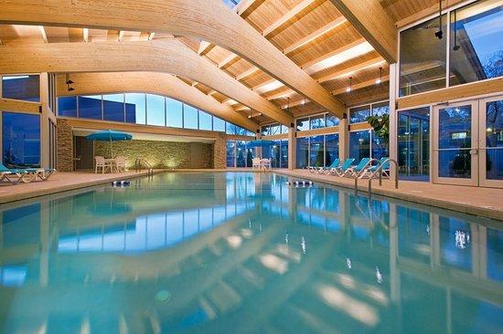 Glen Ellyn, IL: Pool