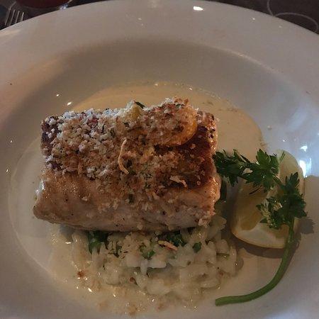 Bravos Restaurant Bar: photo1.jpg