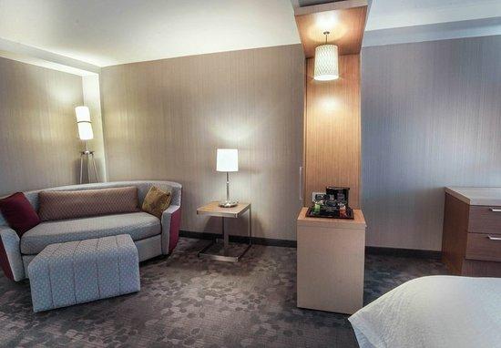 Lenox, ماساتشوستس: Guest room