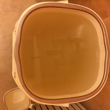 Grand Hotel: Rust-coloured hot water in your bucket: refer to text in the hotel-review.