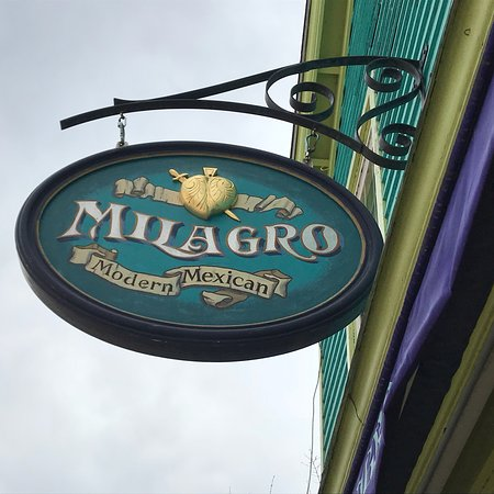 Stonington, CT: Milagro