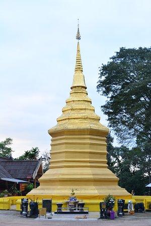 Wat Phra That Chom Thong: วัดพระธาตุดอยจอมทอง