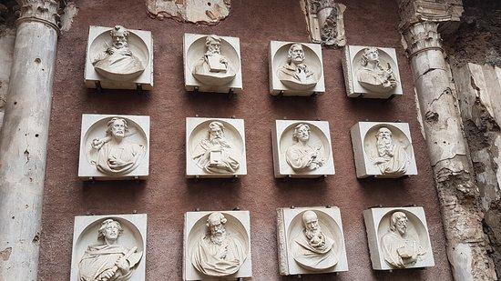 Chiesa di Sant'Euplio: I 12 apostoli