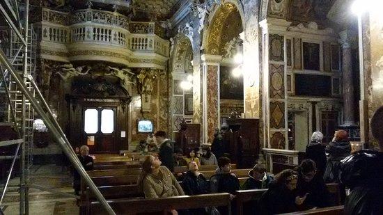 Estasi di Santa Teresa: the rest of the church