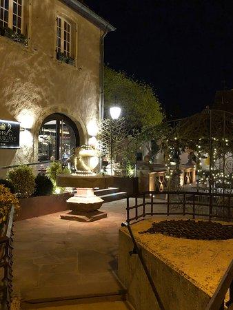 Hotel De La Couronne : Außenbereich
