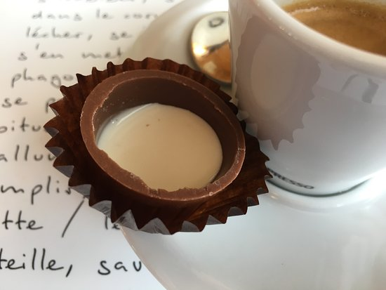 Bulle, สวิตเซอร์แลนด์: ah, la crème de la Gruyère ...
