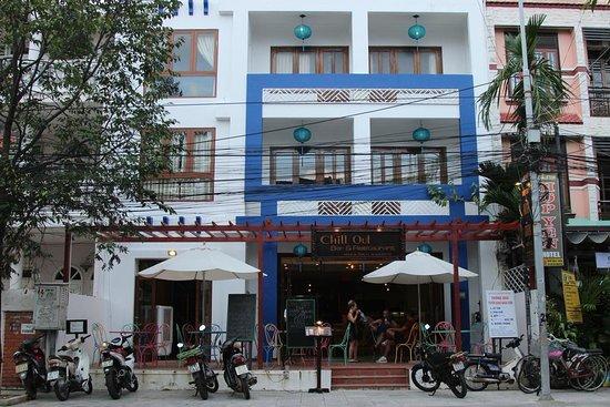 Hoa Binh Hostel