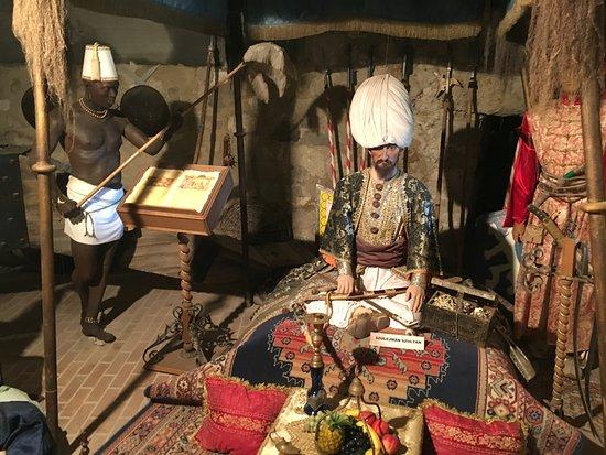 Egri Var: Viaszmúzeum