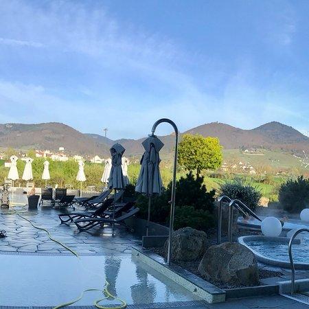 Vue sur la piscine ext rieure photo de resort barri re for Ribeauville piscine