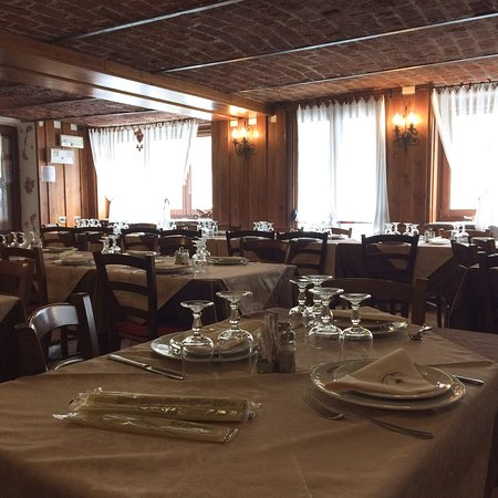 Noasca, Италия: Osteria dei viaggiatori fraz