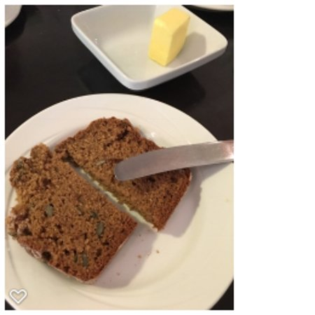 Macreddin Village, İrlanda: The breakfast bread!  Yum!