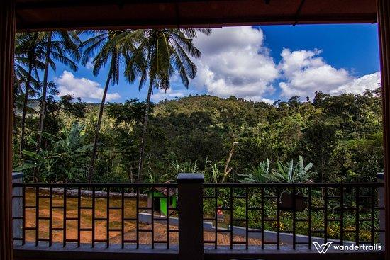 Balcony - Picture of Evergreen Estate Stay, Madikeri - Tripadvisor