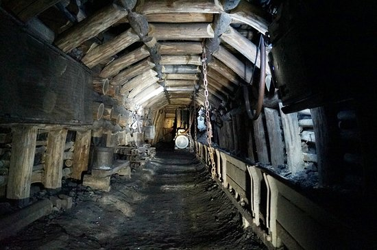 La Machine, Francja: Dans la mine