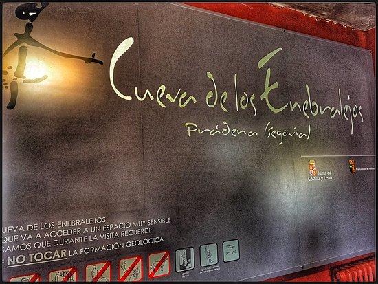 Pradena, Spain: Cartel del acceso
