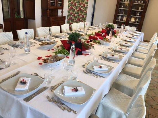 Mazzarone, อิตาลี: il fantastico tavolo imperiale: originalità e cura per i dettagli