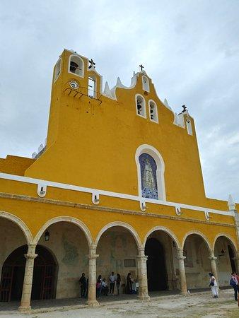 Izamal, Mexico: 20180415_083531_HDR_large.jpg