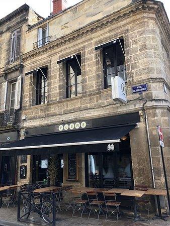 Plume Bakery & Coffee: Outside