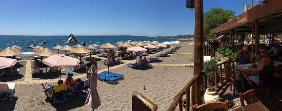 Vatera, Grækenland: Με θέα το… απέραντο γαλάζιο!