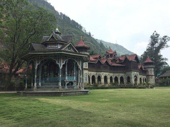 Hotel Nau Nabh Heritage: Beautiful palace next to hotel